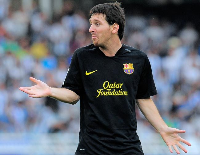Lionel Messi surpasses Gerd Mueller's record of 85 goals in a calendar year