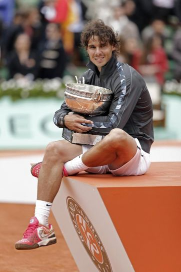Rafael Nadal wins a record seventh French Open crown.