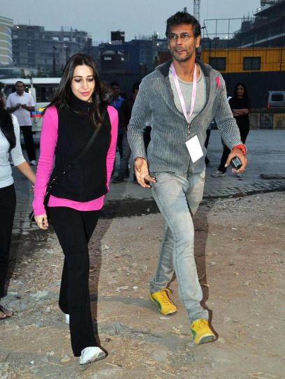 Karisma Kapoor and Milind Soman at Pinkathon 2012.