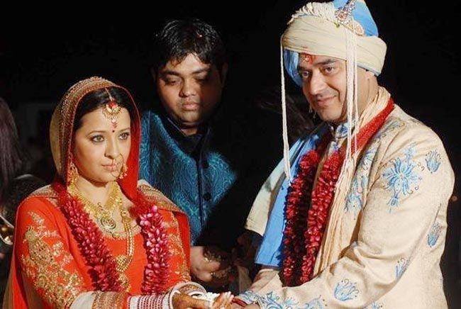 Reema Sen and Shiv Karan Singh on their wedding