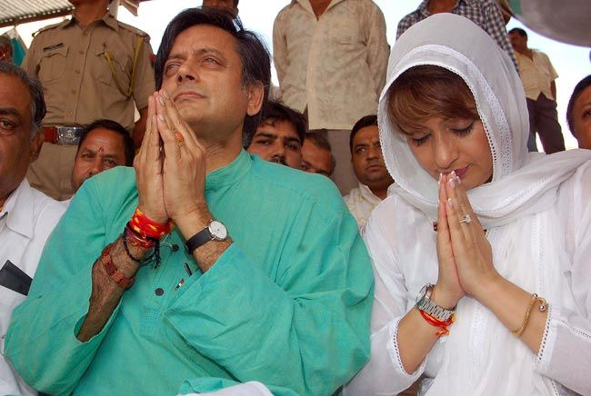 Union minister Shashi Tharoor and wife Sunanda Pushkar