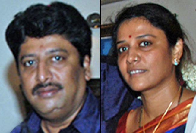 Arivunidhi (left) with his sister Thenmozhi