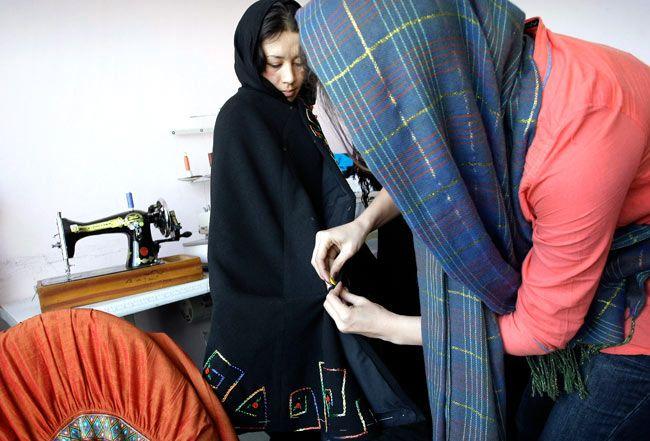 Shahar Banoo Zeerak, Afghani model, Afghanistan fashion show