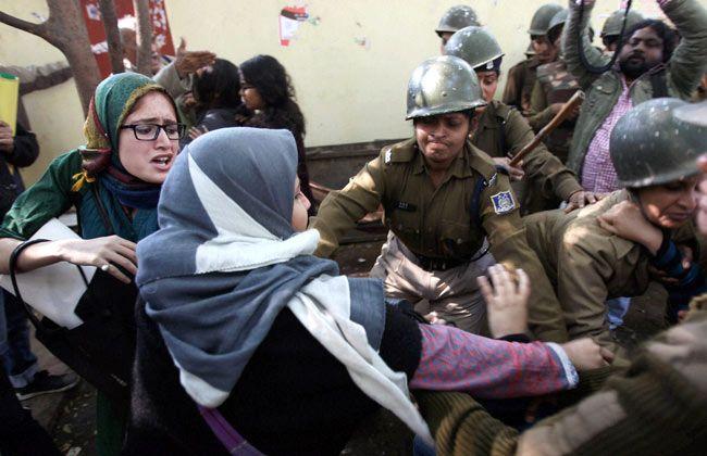Protest against Afzal Guru hanging, Delhi Police, Jantar Mantar