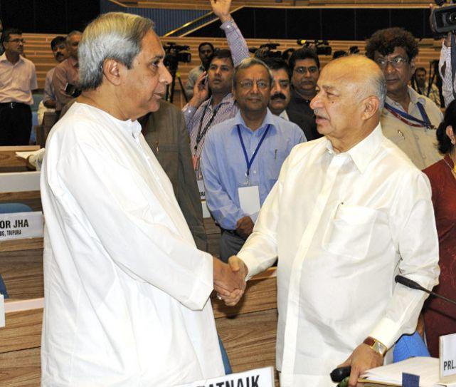 Naveen Patnaik and Sushilkumar Shinde