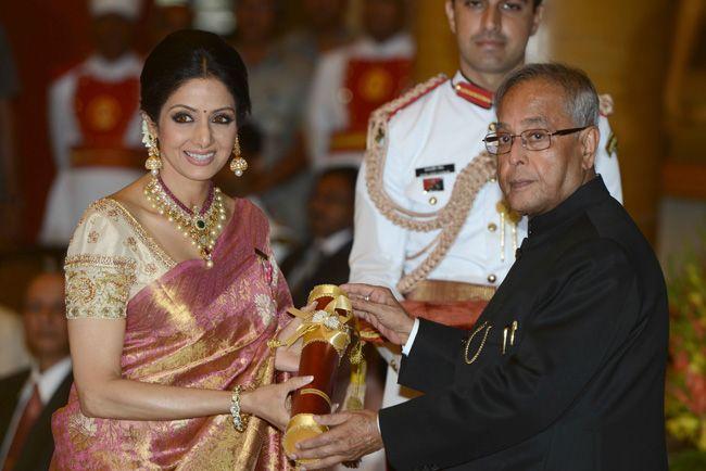 Sridevi receives Padma Shri from Pranab Mukherjee