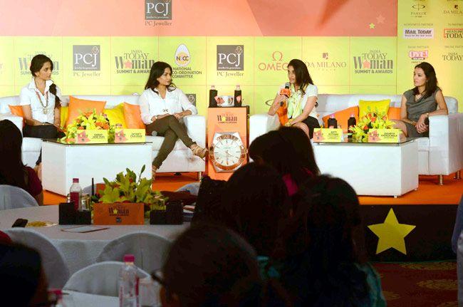 Aditi Kothari, Zahabiya Khorakiwala, Jayanti Chauhan, Sarah Jane Dias