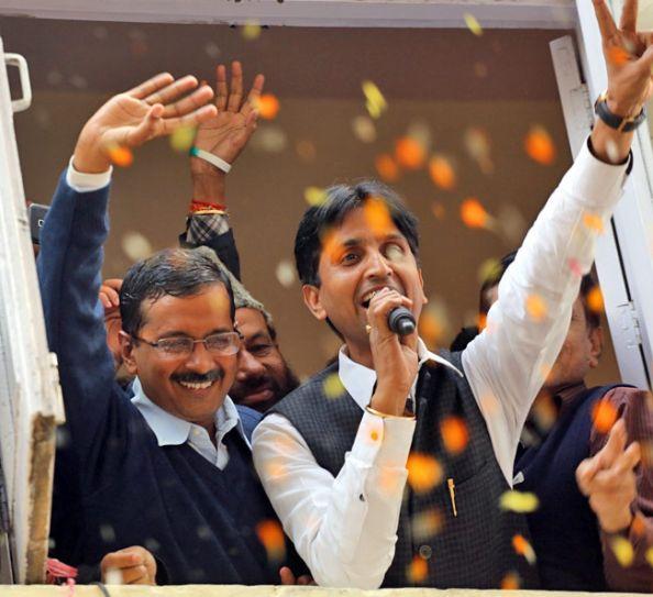 Arvind Kejriwal (left) and Kumar Vishwas