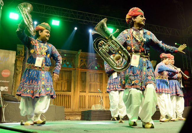 Rajasthani folk dancers, Jaipur Literature Festival 2014