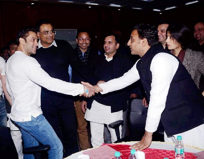 Salman Khan with Akhilesh Yadav