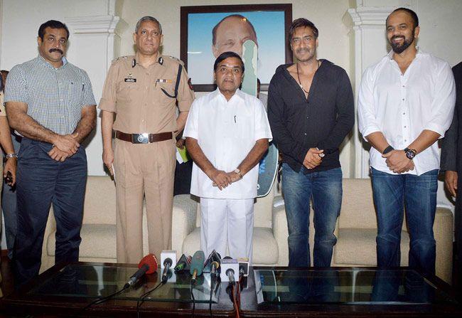 ajay devgn, rohit shetty, rr patil, rakesh maria, himanshu roy, vs norohna, singham returns, mumbai police