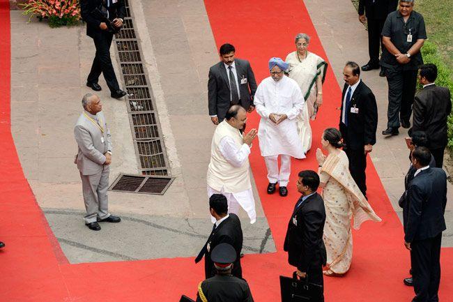 Arun Jaitley, Sonia Gandhi, Manmohan Singh