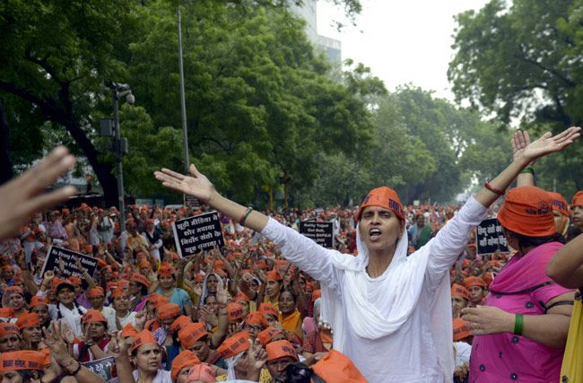 A woman supporter of Asaram Bapu