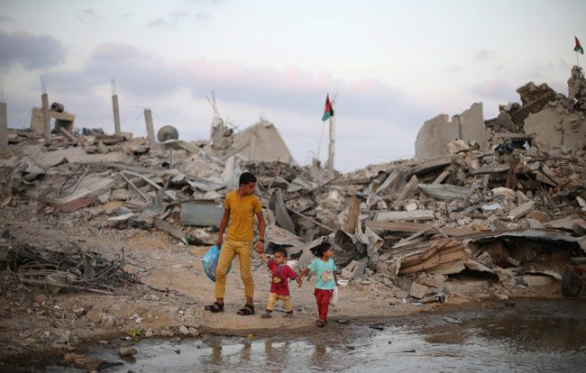 Gaza in rubble as another truce takes shape