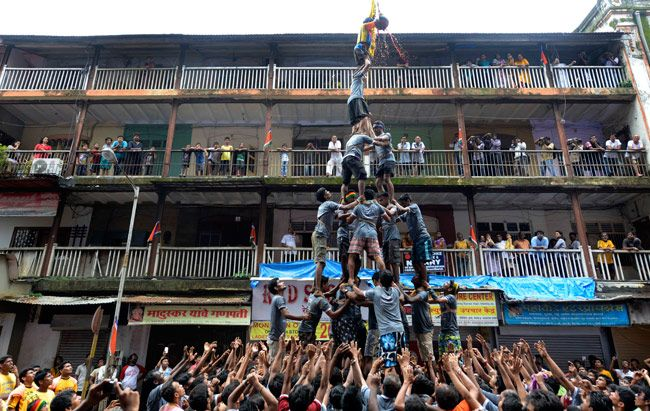 Dahi Handi celebrations on Janmasthami in Mumbai