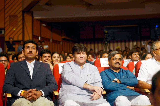 Mind Rocks Youth Summit 2014, Rajyavardhan Singh Rathore, Haroon Yusuf, Manish Sisodia, Satish Upadhyay