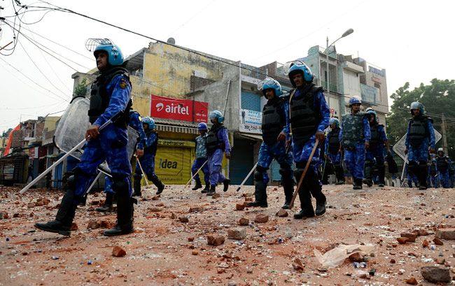 Hindu-Muslim clash in Trilokpuri