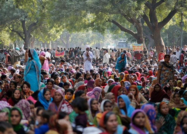 Protest outside Sant Rampal ashram