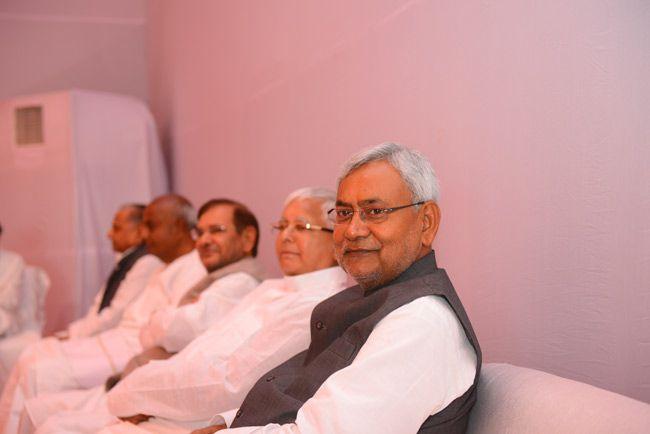 Anti-Modi meet: Mulayam hosts, Nitish attends
