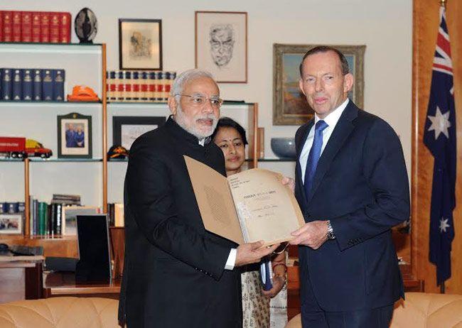 Prime Minister Narendra Modi with Australian Prime Minister Tony Abbott