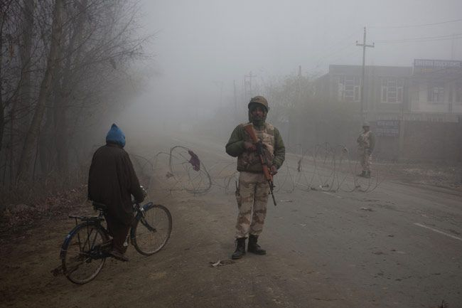 Long queues in biting cold: The J-K story
