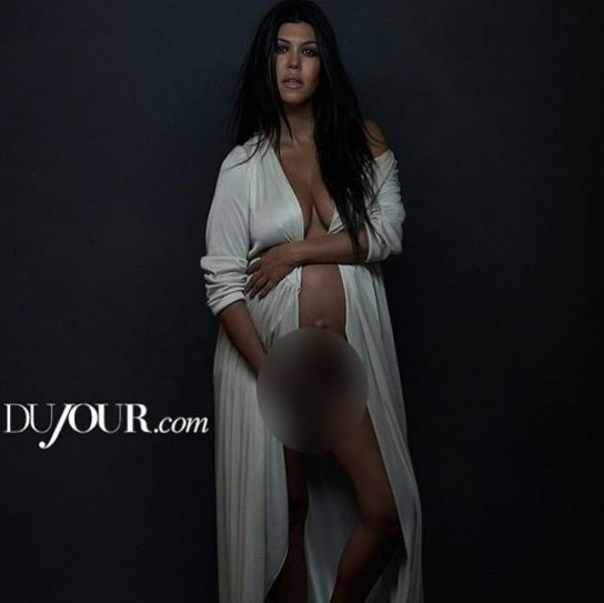 Nude images of kardashian sisters — photo 13