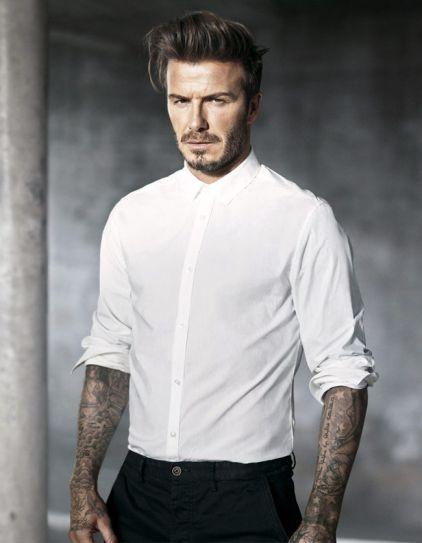 10 hotter than hell pictures of David Beckham plus a bonus butt