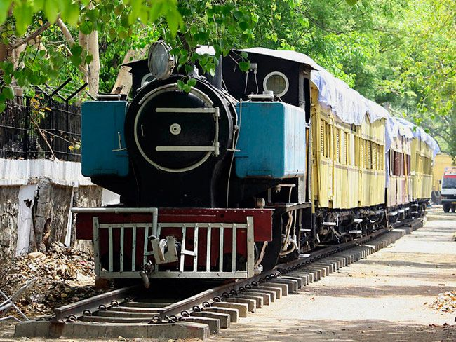 On the eve of Railway Budget 2015, we take a walk down the memory lane to remember the glorious past of the railways from nimble coal-operated locomotives to the sturdy diesel and electric locos. The following are the 24 photos of Indian locomotives.