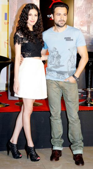 Amyra Dastur and Emraan Hashmi