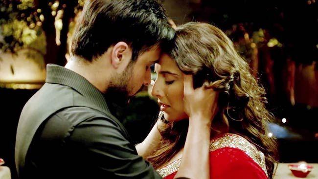Hamari Adhuri Kahani Stills Vidya Emraan In An Intense Love Story
