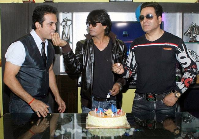 Shah Rukh Khan at 50 SRK Aamir Salman together to say Happy