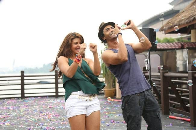 Jacqueline Fernandez and Arjun Rampal in a still from Roy