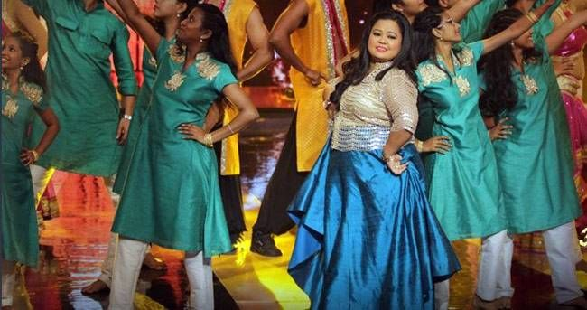 Bharti Singh reminds us of her Jhalak Dikhhla Jaa days as she performed with Ugam Foundation kids.