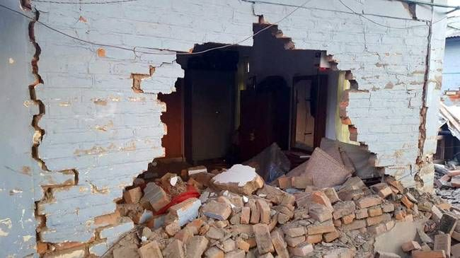 Quake hits Northeast India