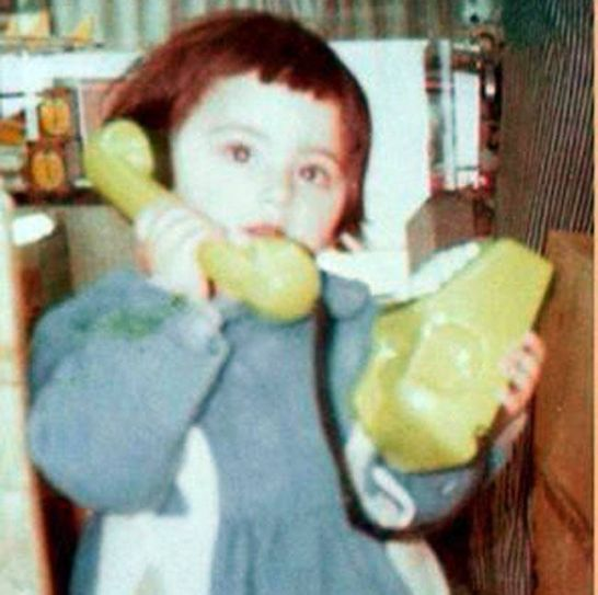 Hello! This little girl trying to dial a number is none other than Sanjeeda Sheikh. She's currently doing Power Couple.