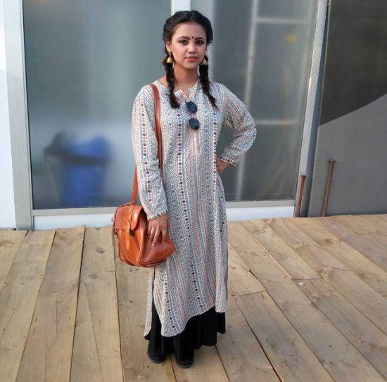 Street style at Amazon India Fashion Week Autumn Winter 2016