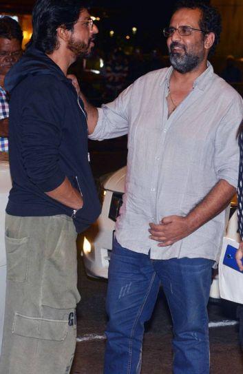 Shah Rukh Khan (L) and Aanand L Rai at the Mumbai Airport.
