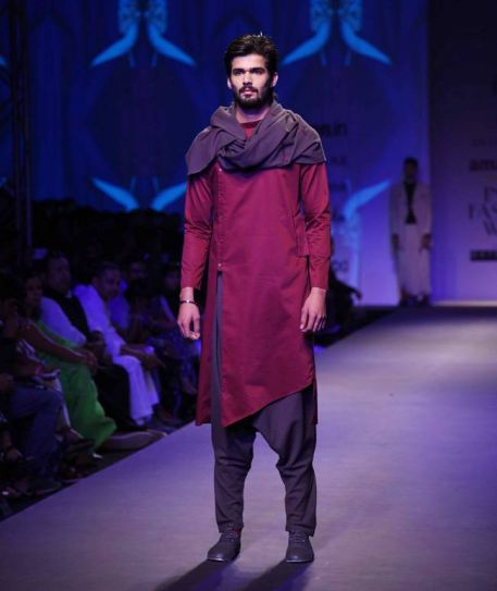 A model walks the ramp for designers Antar-Agni on the third day of AIFW.