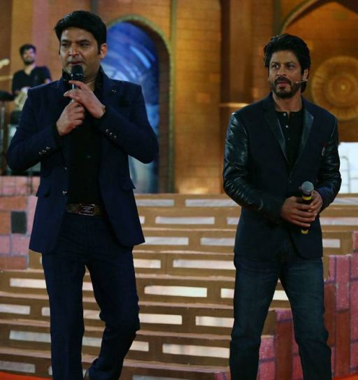 The enthusiasm and excitement in the audience went to a different level when Shah Rukh made his entry and started pulling Kapil's leg.