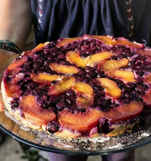 Enjoy the tangy and sweet taste of this blueberry and lemon verbena in an upside down cake.