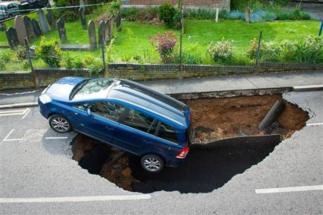 Sinkhole in Woodland Terrace in Greenwich