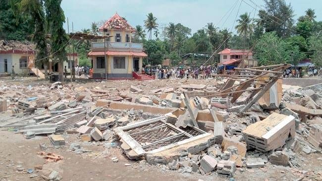 Kollam temple fire