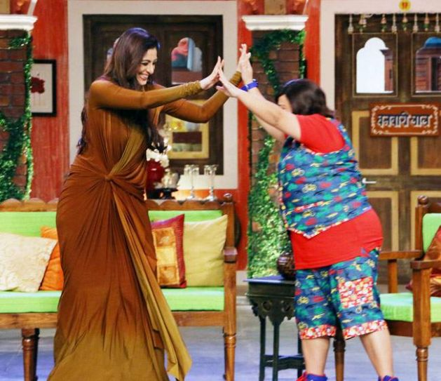 Tabu and Bharti seems to be having loads of fun on the sets.