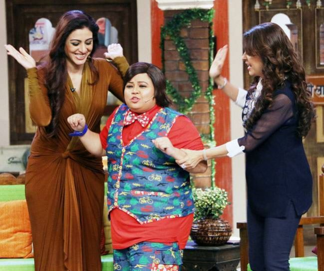 Shararti bachcha Chintoo Sharma with Tabu and Juhi.