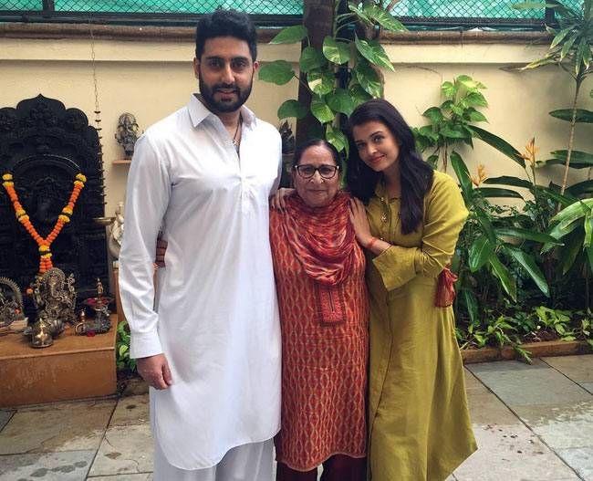 Abhishek Bachchan, Dalbir Kaur and Aishwarya Rai Bachchan
