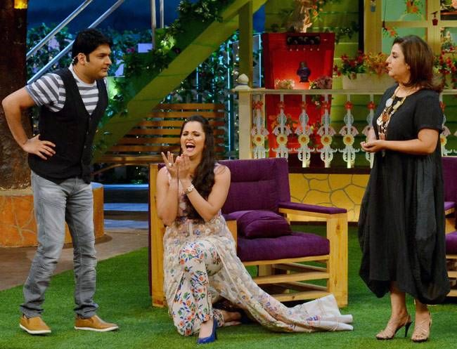 Farah, Kapil and Sania share a hilarious moment.