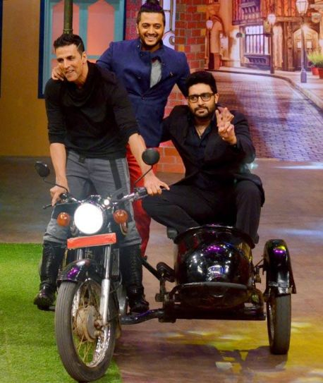 """Housefull 3 gang on the sets of The Kapil Sharma Show today. Always a fun time with this bunch of loonies,"" tweeted Akshay Kumar after shooting for TKSS."