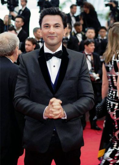 From Utsav last year to Kitchens of Gratitude this year, Michelin-starred chef Vikas Khanna has been busy making culinary history at Cannes. With his smile and his style, and of course his inspiring work, Khanna charmed audiences worldwide and especially