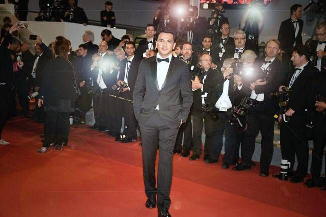 Chef Vikas Khanna walked down the Cannes red carpet once again to create history. He is the first chef, globally, to have released first a book and now a documentary at the International Cannes Film Festival.