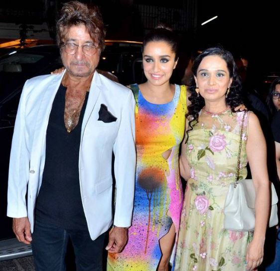 Shakti Kapoor, Shraddha Kapoor and Shivangi Kolhapuri at Baaghi success bash